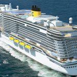 кораб Costa Smeralda cruise ship in the sea