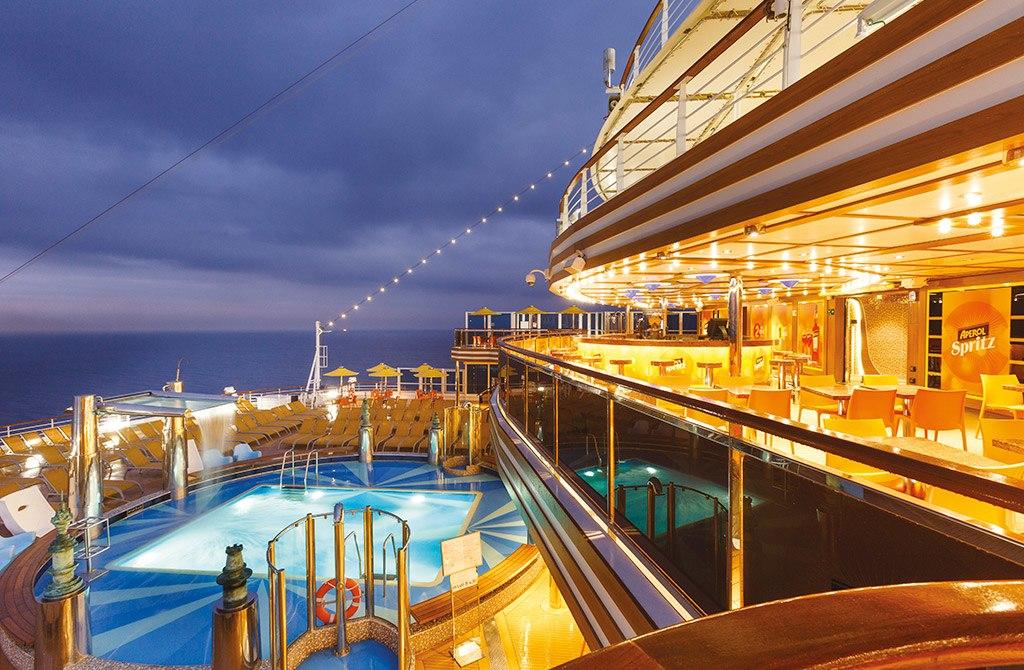 кораб Costa Diadema cruise ship